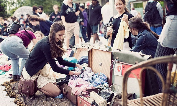 Image of suitcase rummage markets
